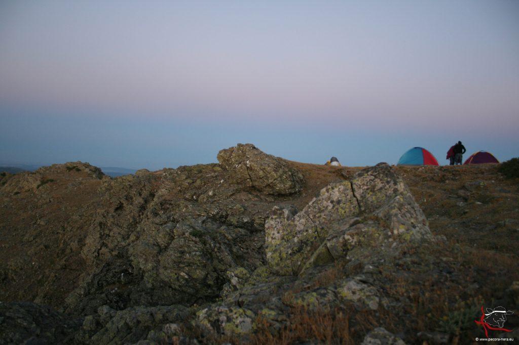 Einzigartig: Biwak im Team auf der Punta Lamarmora, dem höchsten Berg Sardiniens